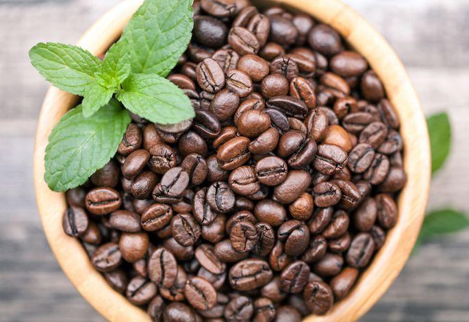 ot-chego-kislit-kofe